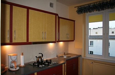 ***Laura*** Tani Apartament