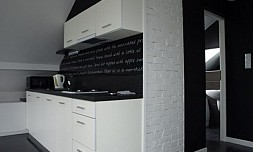 Apartament Black&White 1