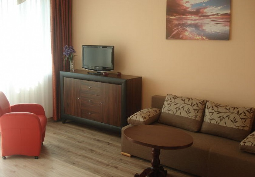 Apartament-Etna 300 m do morza,portu 4