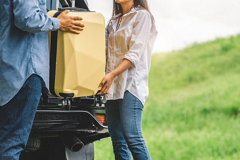 przyjmowanie gości w obiekcie noclegowym pomoc przy bagażu