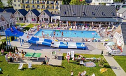 Holiday Park & Resort Ustronie Morskie 1